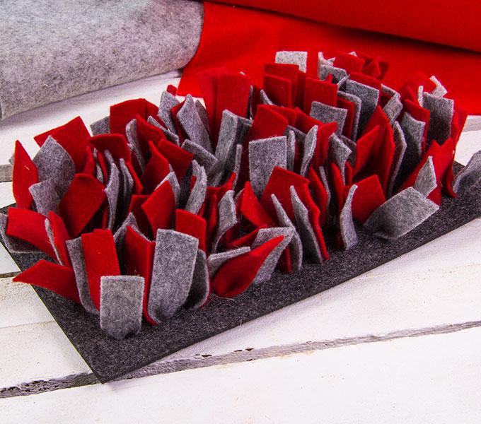 Schnüffelmatte Filz rot Cover